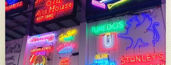 Neon Museum Of Philadelphia is one of Shopping.