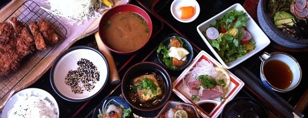 Kingyo Izakaya 金魚居酒屋 is one of Eat, Drink, + Be Merry.