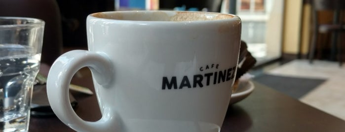 Café Martínez is one of Locais curtidos por Diego Alfonso.