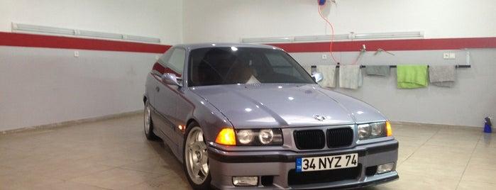 Autowax Garage İstinye is one of Zafer'in Beğendiği Mekanlar.