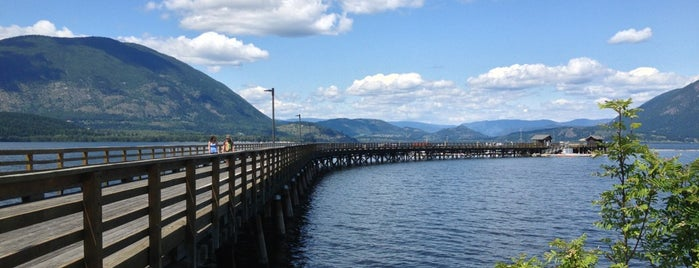 Salmon Arm Wharf is one of Orte, die Joshua gefallen.