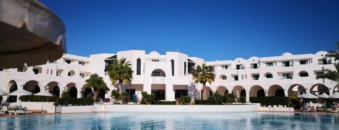 Pool Riu Palm Azur is one of Anthony : понравившиеся места.