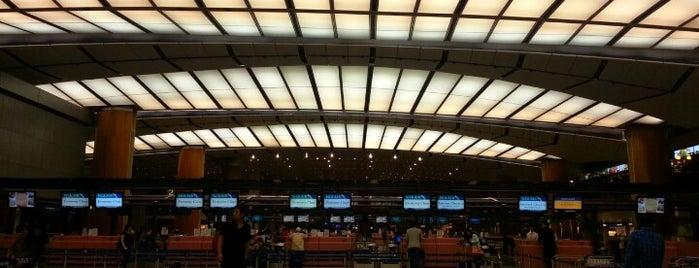 ท่าอากาศยานสิงคโปร์ชางงี (SIN) is one of Airports.