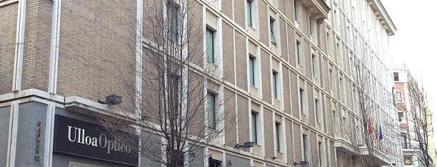Hotel Liabeny is one of Tempat yang Disukai María.