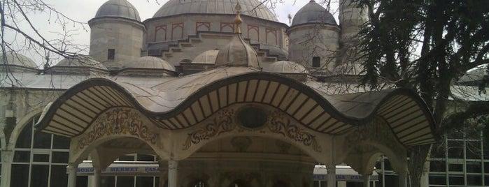 Sokullu Mehmet Paşa Camii is one of Posti che sono piaciuti a İsmail.