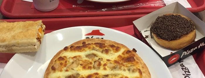 Pizza Hut is one of สถานที่ที่ Nathalia ถูกใจ.