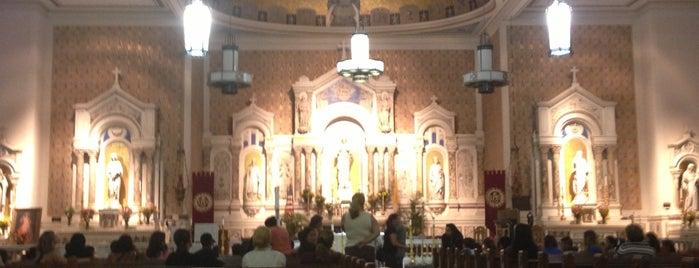 Gesu Catholic Church is one of Dolly : понравившиеся места.