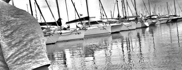 "Porto Turistico ""Marina di Pescara"" is one of สถานที่ที่ Cri ถูกใจ."