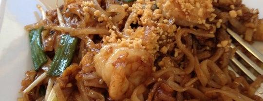 Thai Thai Café is one of Emily : понравившиеся места.