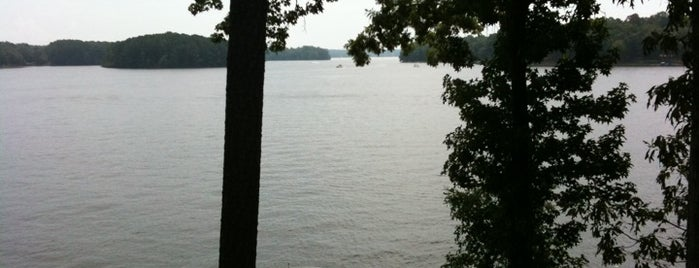 Lake Oconee is one of Todd 님이 좋아한 장소.