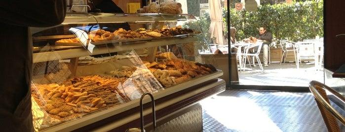 Fru Suriol Cafeteria is one of Orte, die Jose Luis gefallen.