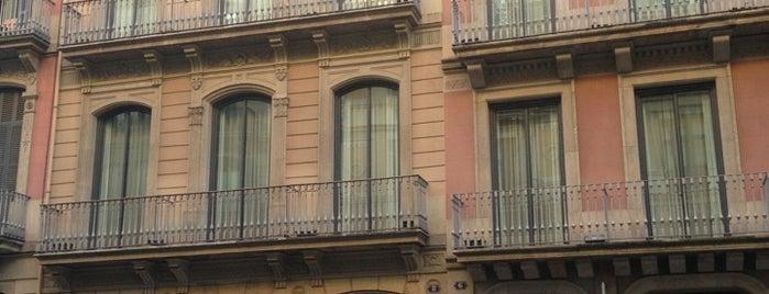 Hotel Pulitzer is one of Hoteles en España.