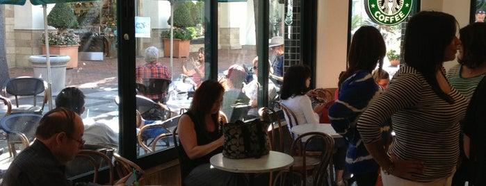 Starbucks is one of Jian 님이 좋아한 장소.