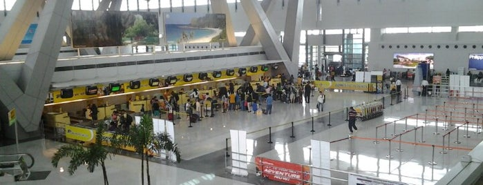 Ninoy Aquino International Airport (MNL) Terminal 3 is one of my living rooms.