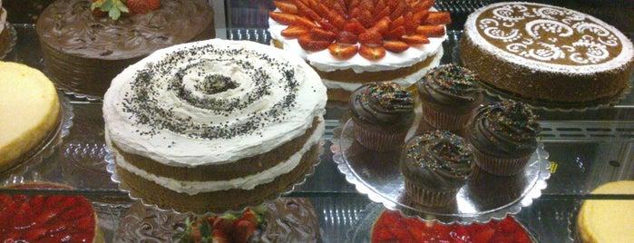 Platin Cake House | خانه کیک پلاتین is one of Gespeicherte Orte von Bobby.