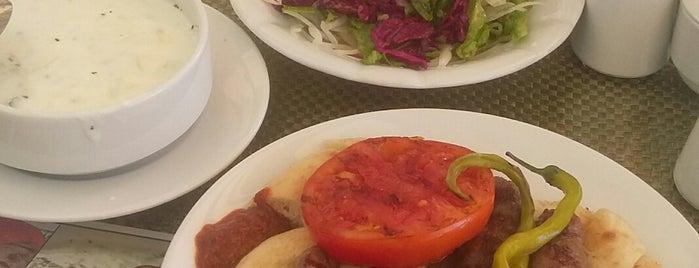 akhisar ızgara köfte ve çorba salonu is one of İzmir'in En İyi Çorbacıları.