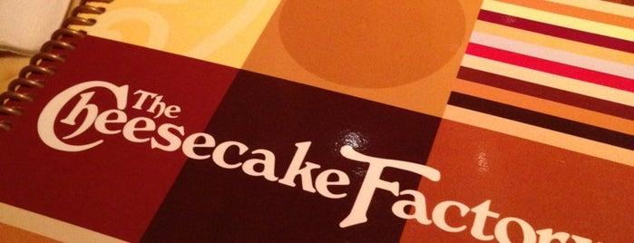 The Cheesecake Factory is one of Meg : понравившиеся места.
