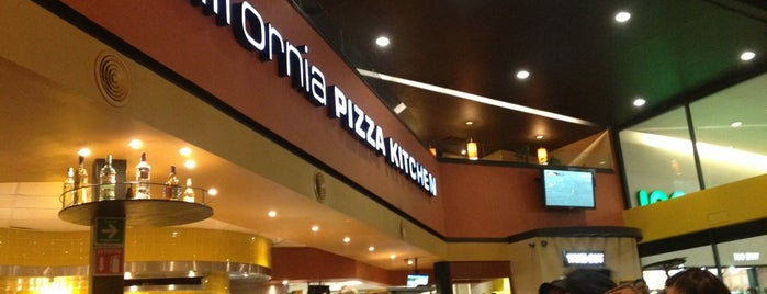 California Pizza Kitchen is one of fueras del centro.