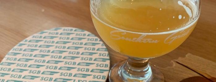 Southern Grist Brewing Company is one of Posti che sono piaciuti a Alyssa.