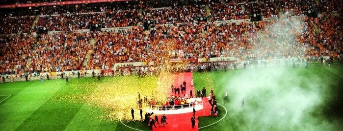 Nef Stadyumu is one of Tekrar tekrar gidilecek mekanlar.