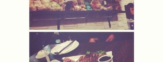 Teddy Bear Thailand Restaurant is one of Orte, die Lorraine gefallen.