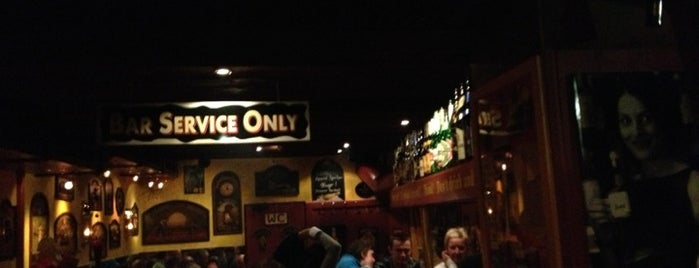 Golden Eagle Pub is one of Ischgl.