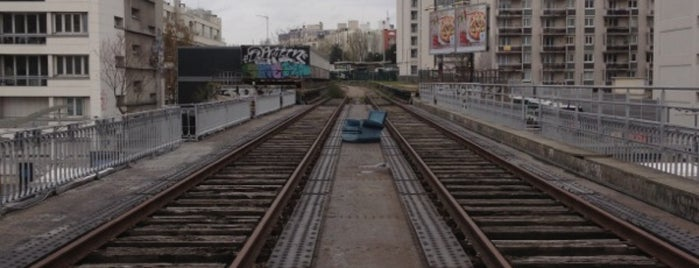 Petite Ceinture du 15e is one of TO DO~TO DO....