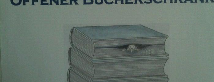 Offener Bücherschrank is one of Givebox / Bücherschrank.