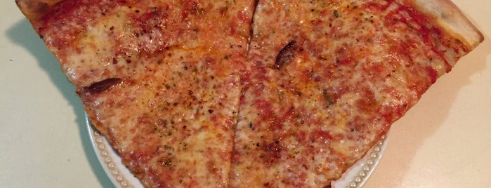 Captain's Pizza is one of Favorites.
