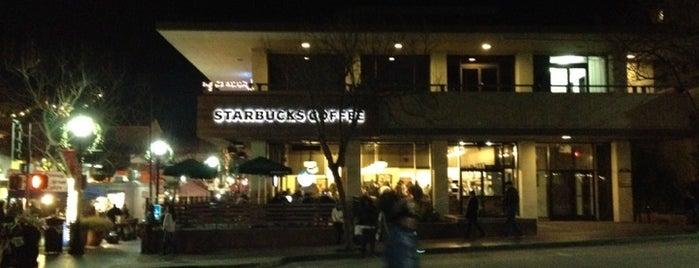 Starbucks is one of E'nin Beğendiği Mekanlar.