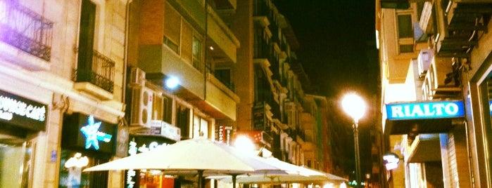 Hotel Rialto is one of Tempat yang Disukai Bob.