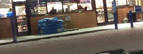 Holiday Station Store is one of Posti che sono piaciuti a Kristen.