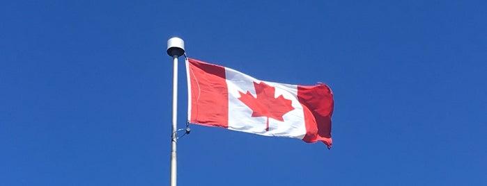Canada is one of Locais salvos de Mohammed.