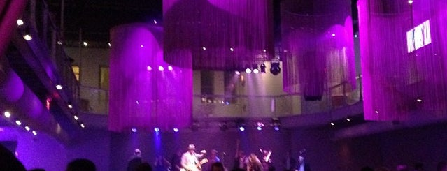 Muse Event Center is one of Locais curtidos por John.