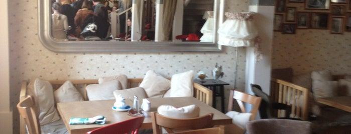 Мама Дома is one of SMS FRANKFURT Group Travel : понравившиеся места.