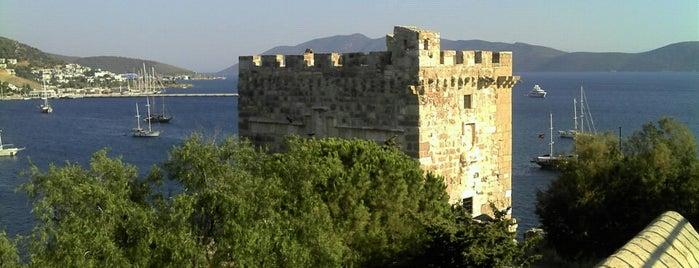 Bodrum Kalesi - Sualtı Arkeoloji Müzesi is one of HOLIDAY · Places I've been.