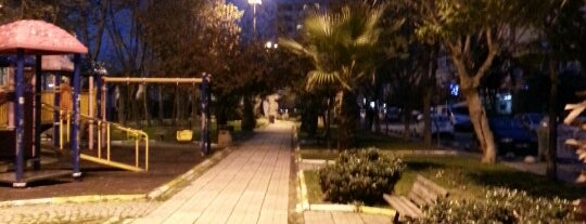 Barış Manço Parkı is one of Locais curtidos por Onur.