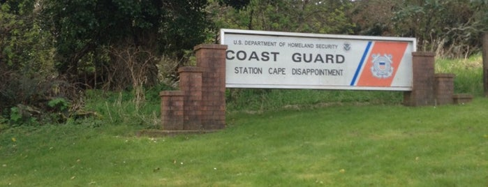 Coast Guard Station Cape Disappointment is one of Locais curtidos por Daniel.