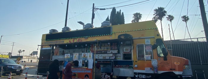 Leo's Taco Truck is one of RESTAURANTS WE CAN'T LOSE_ME List.