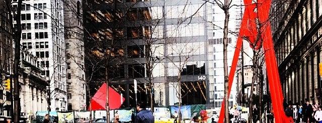 Zuccotti Park is one of Nova York.