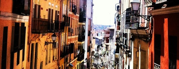 Barrio de Lavapiés is one of Madrid-Tips.