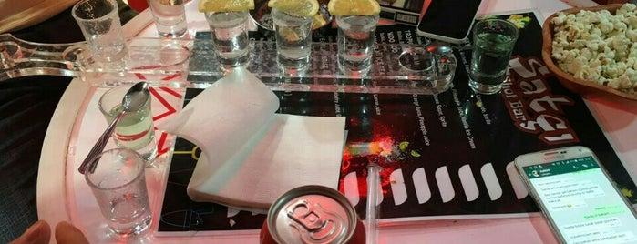 Şatçı Shot Bar is one of Klub 2.