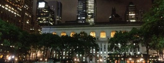 Bryant Park is one of New York by Locals.