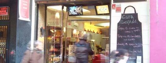 A punto escuela de cocina y librería gastronómica is one of Madrid by Locals.