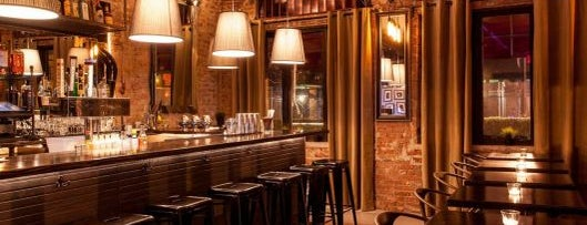 Charlies Bar & Kitchen is one of New York by Locals.