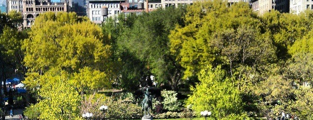 Union Square Park is one of Lieux sauvegardés par RJ.