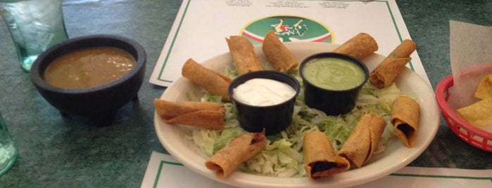 Los Arcos Mexican Restaurant is one of Favorite places.