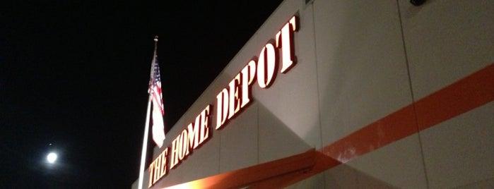 The Home Depot is one of Orte, die Jan gefallen.