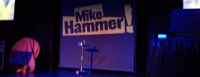 Mike Hammer Comedy Magic @4 Queens is one of Todo: Vegas.