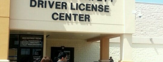 Texas DPS - Driver's License Office is one of Tempat yang Disukai Gregory.